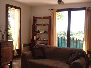 Villa with Gardens, Garage, BB, Magalas