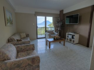 Holiday and vacation apartment rent, 3 rd, Panajachel