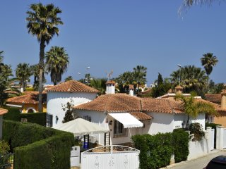 Family Beach Villa Rubens  - FREE WIFI 4G