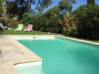 Grande maison Montpellier avec piscine et 8 chambres