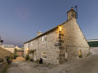 PK918 Cottage in Eyam