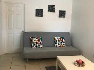 Comfortable house in Pompano Beach 4 miles from beach