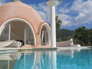 Emerald Bay Villa