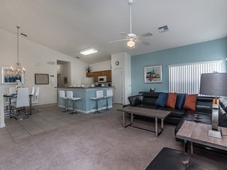 Well Priced 4BR 3Bath pool home with semi-private view & game room from $133/nt