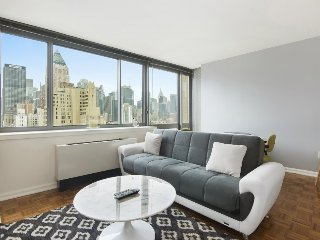 Great to share- Gorgeous 2 Br 2 Bath Sick Deal!! #5164, West New York