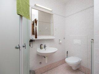 Apartment 12245, Rabac