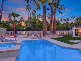 Sunset Terrace, Palm Springs