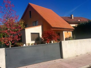 House with private pool and garden, Sales