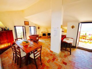 LUNA 2BR-80 meters from the beach by KlabHouse, Sciacca