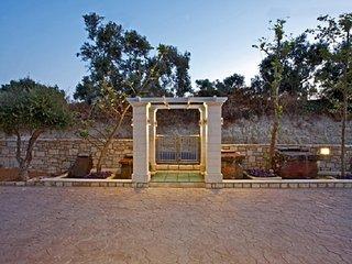 Carme Villa Chaldene #16194.1, Adelianos Kampos