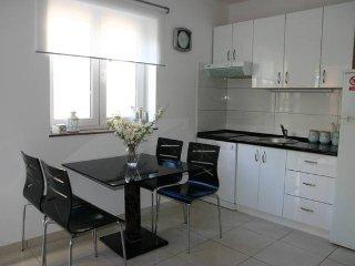 Rai 2, modern apartment for 3 persons, Novalja