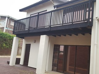 Double  storey house near lagoon and beach. Huge game room. Braai facilities