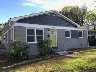 Entire Duplex Perfect for Groups & Large Families, Charlotte
