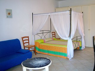 Lovely, Ample Studio Apartment, Olbia