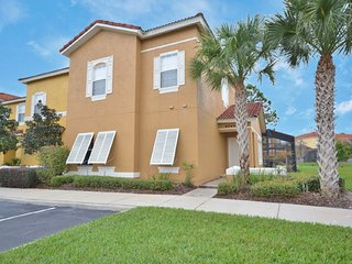 Attractive 4BR 3Bath Terra Verde Resort townhouse w/ full size pool from $115/nt, Orlando