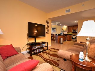 June/July $pecials - Sanibel Condominium - Oceanfront - 3BR/3BA - #804