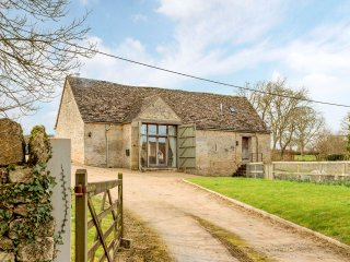 Stunning Barn Conversion in Idyllic Village