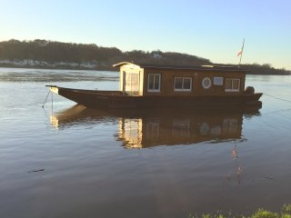 venez profiter d'un moment de detente en bateau sur la Loire