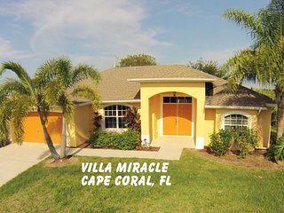 NEW - Villa Miracle - exclusive Vacations in a quiet Neighborhod