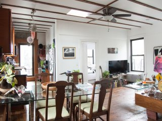 2 Bdr Dream Loft w. Private Deck, Nueva York