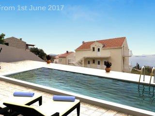 Villa Samba - Two-Bedroom Apartment with Sea View, Plat