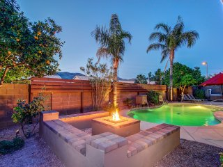 Scottsdale Stays-Cactus Acres  ❤️ Best Area,Pool,Spa,Boccie & Pool Table