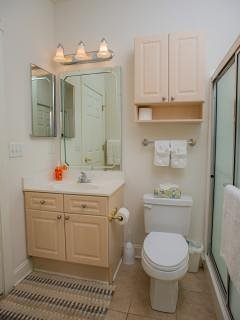 2nd full bathroom with washer and dryer