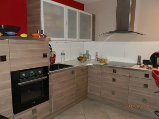Coquet F2 dans residence arboree a 20 mn des plages