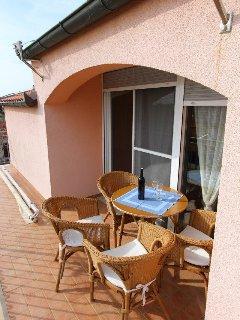 B1(3+1): terrace