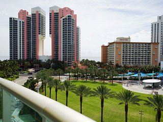 Beautiful furnished 1B/1,5 apt with ocean view!, Sunny Isles Beach
