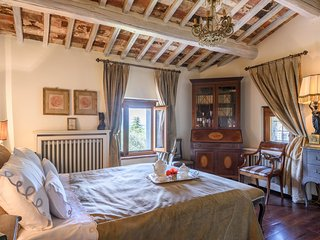 Villa Margarita - Garden Apartment - Garden Apartment of Villa - or as a Tuscan  Villa Complete