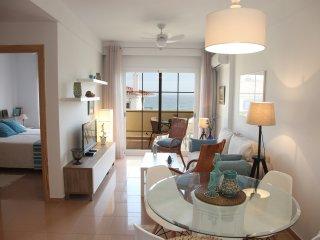 Apartamento en segunda linea de playa con vistas al mar
