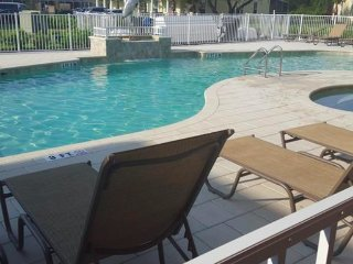 PAZ AT SERENITY BEAUTIFUL TOWNHOME CLOSE TO DISNEY