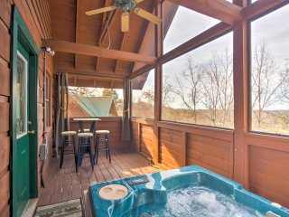 NEW! 1BR Pigeon Forge Cabin w/ Hot Tub!