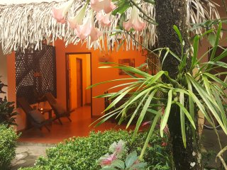 Papaya| Fully Equipped Flat in Santa Teresa! w/AC + WiFi | 5' Walk to the Beach