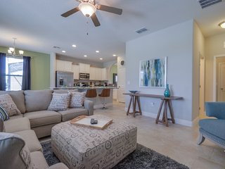 Stylish 6BR 4Bath Solterra pool home w/spa, game room, Avenger room from $213/nt