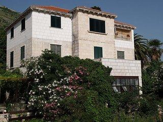 02516DUBR A1(6+2) - Dubrovnik