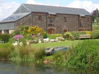 DAICO Barn in Callington