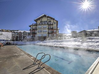 Granby Condo w/Pool & Mtn Views - Ski-In/Ski-Out!