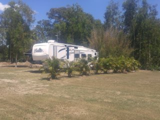 Modern and Comfortable RV off-the-grid Experience, Jupiter