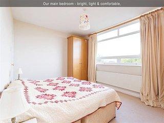 Delightfully Modern Milltown Apartment -2BR 2BT, Dublin