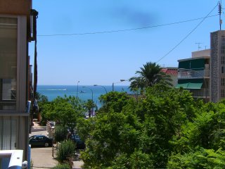Apartment - 100 m from the beach