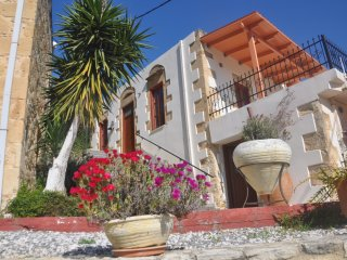 Ariana's Place, The Studio - The perfect place to relax and explore West Crete
