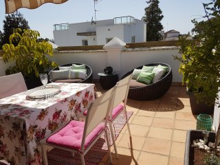 Appartement with Terrace and Garden mit Grill