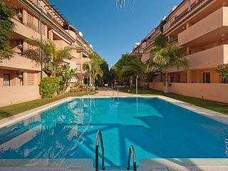 GREAT APARTMENT 80 M. FROM BEACH