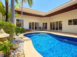 GM#14 pool-villa in fantastic location!!!, Pattaya