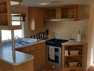 3 bed 6 berth Haven Seashore Holiday Home, Pet Friendly Great Pitch G28