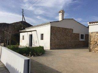Vivienda unifamiliar cómoda y ecológica Sorbas-Almeria, en un entorno natural.