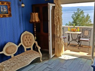 Tempera 3 retro-near beach, GREAT SEPTEMBER PRICES