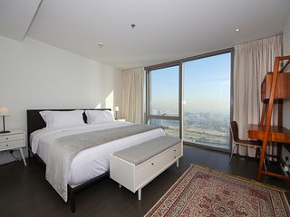 Signature Holiday Homes- Luxury 2 Bedroom Apartment, D1 Residences, Dubai